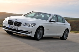 Autoesittely BMW 7-sarja 2012