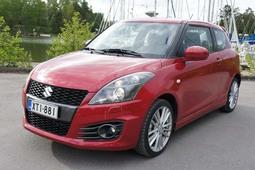 Autoesittely Suzuki Swift Sport 2012