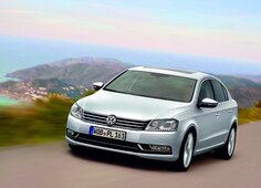 Autoesittely Volkswagen Passat 2012