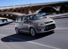 Autoesittely Ford C-MAX 2013