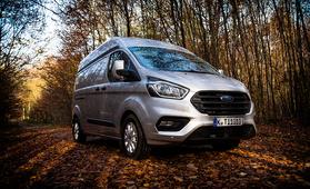 Koeajossa täysin uusi Ford Transit Custom - askelmerkit laajaan malliuudistukseen