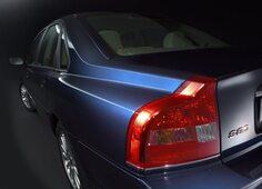 Autoesittely Volvo S80 1998-2006