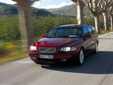 Autoesittely Volvo V70 2000-2007
