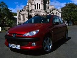 Autoesittely Peugeot 206 2007
