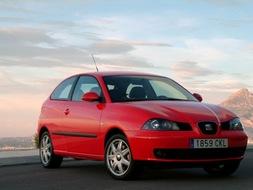 Autoesittely Seat Ibiza 2002
