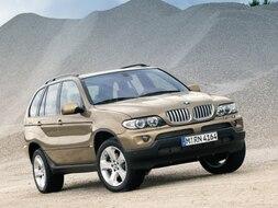 Autoesittely BMW X5 2003