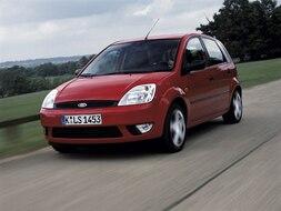 Autoesittely Ford Fiesta 2003-2004