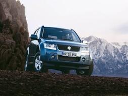 Autoesittely Suzuki Grand Vitara 2009