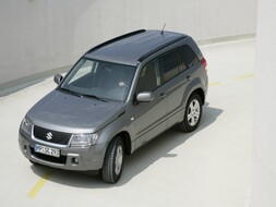 Koeajo Suzuki Grand Vitara 2.0