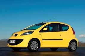 Autoesittely Peugeot 107 2009