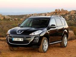Autoesittely Peugeot 4007 2008-2010