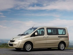 Autoesittely Peugeot Expert Tepee 2010