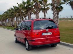 Autoesittely Seat Alhambra (2008)