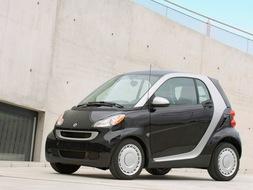 Autoesittely Smart Fortwo 2009