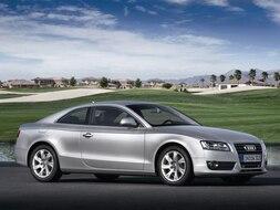 Autoesittely Audi A5 2009