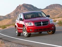 Autoesittely Dodge Caliber 2010