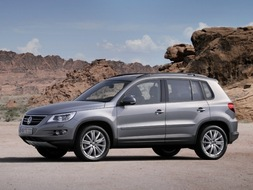 Autoesittely Volkswagen Tiguan 2008-2009
