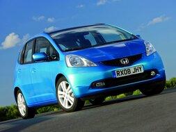 Autoesittely Honda Jazz 2010