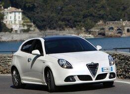 Autoesittely Alfa Romeo Giulietta 2012