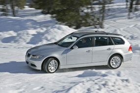 Koeajo BMW 320d xDrive Touring (2010)