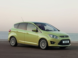 Autoesittely Ford C-MAX 2010