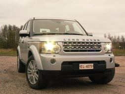 Autoesittely Land Rover Discovery 4 2012