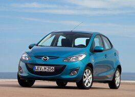 Autoesittely Mazda Mazda2 2012