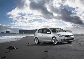 Autoesittely Volkswagen Golf (2011)