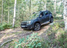 Autoesittely Dacia Duster 2014