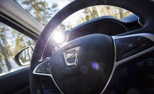 Dacia porskuttaa – nyt suosittu Duster sai Daimlerin kanssa kehitetyn 150-heppaisen turbokoneen nelivedon yhteyteen