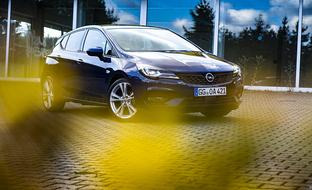 Koeajossa uuden Opel Astran yllättävä voimalinjaratkaisu – onko tästä hitiksi asti?
