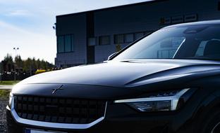 Unohda huhupuheet – näin nopeasti sähköauto on polttomoottorimallia ympäristöystävällisempi