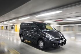 Autoesittely Toyota ProAce 2013