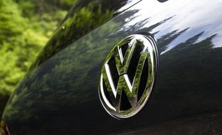 Muuttaako uusi veromuutos autokaupan suunnan? Marraskuun luvut synkät
