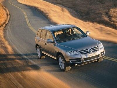 Autoesittely Volkswagen Touareg 2004-2009