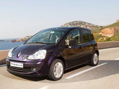 Autoesittely Renault Modus (2005)