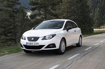 Autoesittely Seat Ibiza 2010