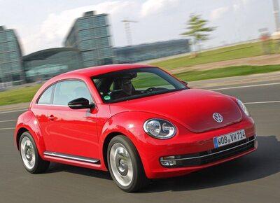 Autoesittely Volkswagen Beetle (2012)