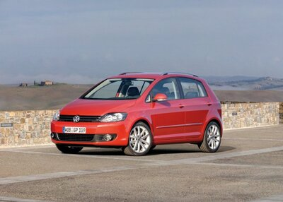 Autoesittely Volkswagen Golf Plus 2005-2009