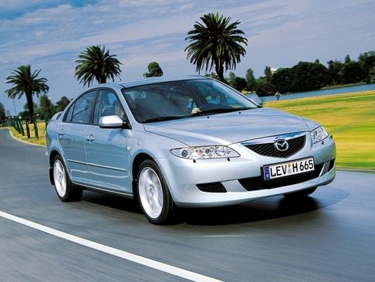 Autoesittely Mazda Mazda6 (2002)