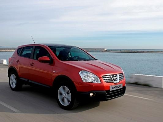 Autoesittely Nissan Qashqai 2010