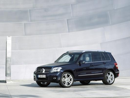 Autoesittely Mercedes Benz GLK (2009)