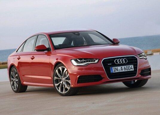Autoesittely Audi A6 2012