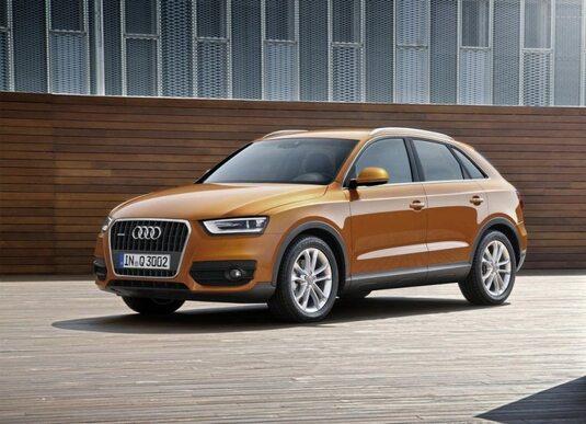 Autoesittely Audi Q3 2011-2012