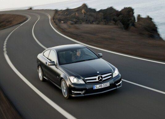 Autoesittely Mercedes-Benz C Coupé 2011-2012