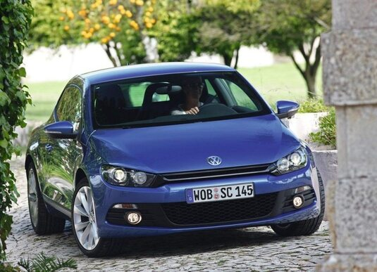 Autoesittely Volkswagen Scirocco 2012