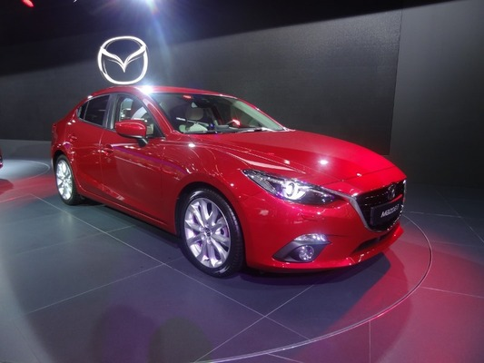 Frankfurtin autonäyttely 2013: Mazda