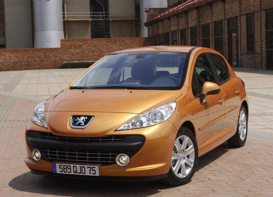 Autoesittely Peugeot 207