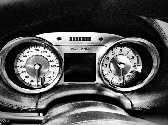 Mercedes Benz SLS AMG  2010