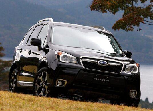 Autoesittely Subaru Forester 2013